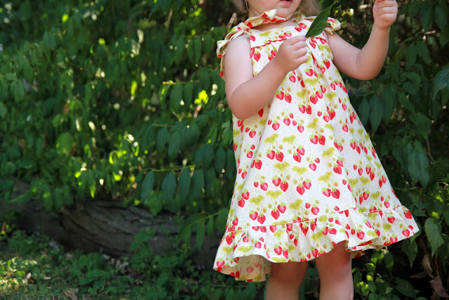 ed185427a9d I hope you enjoy this pattern and if you end up creating your own version of  the Summer Picnic Dress I would love to see it! And feel free to come share  ...
