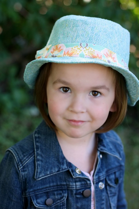 Kids Fedora Hat Pattern Review. www.thecottagemama.com