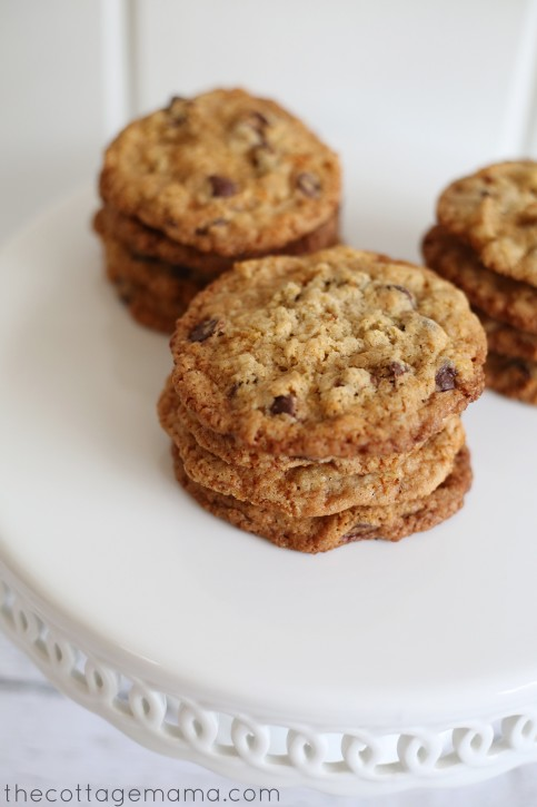 Crispy and Chewy Chocolate Chip Cookie Recipe from The Cottage Mama. www.thecottagemama.com