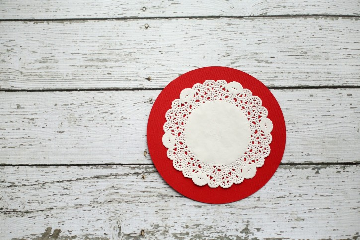 Reindeer Thumb Print Ornament by Lindsay Wilkes from The Cottage Mama. www.thecottagemama.com