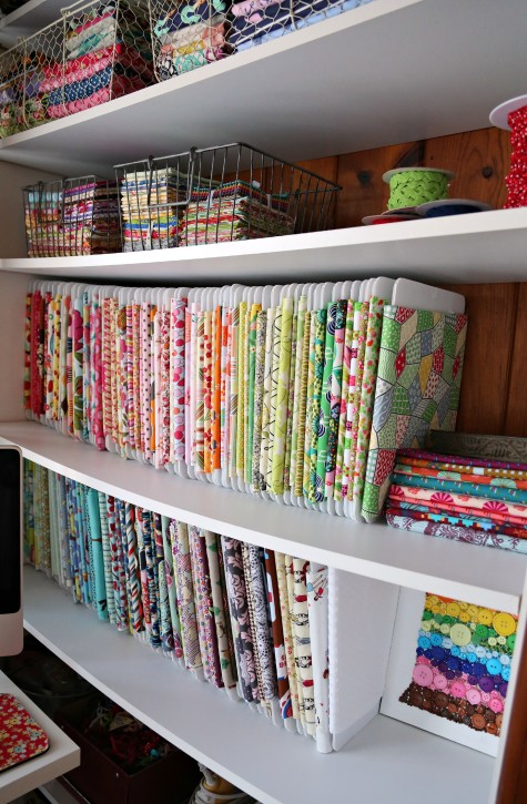 The Cottage Mama Sewing Studio. Check out this sewing space! www.thecottagemama.com