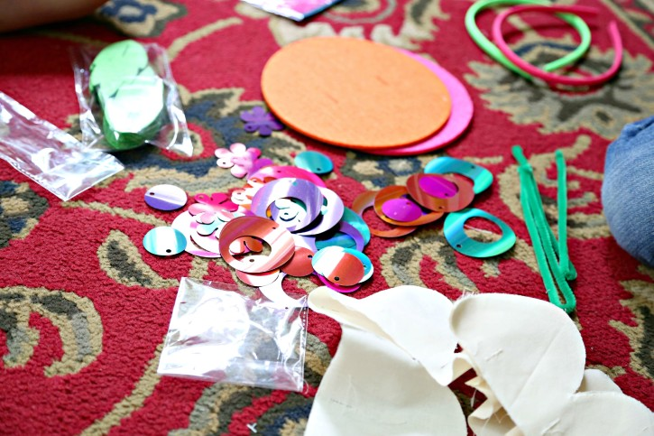 DIY Fascinator Headband Kit from The Cottage Mama