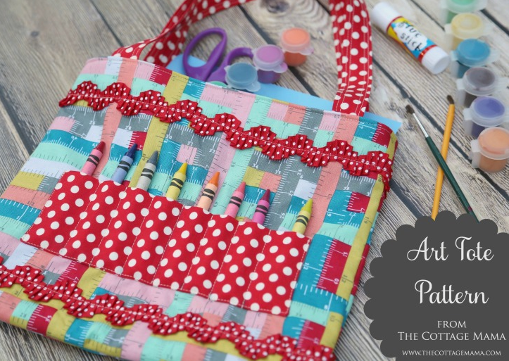 Back to School Sewing. Crayon Art Tote FREE Pattern. www.thecottagemama.com