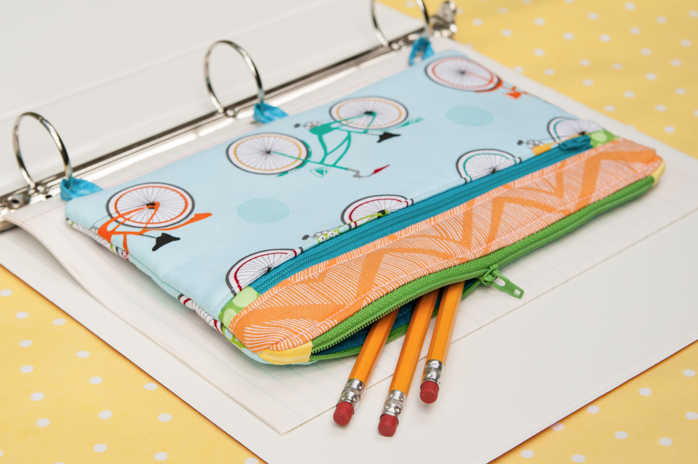 Back to School Sewing. FREE Pencil Case Pattern and Tutorial on The Cottage Mama. www.thecottagemama.com