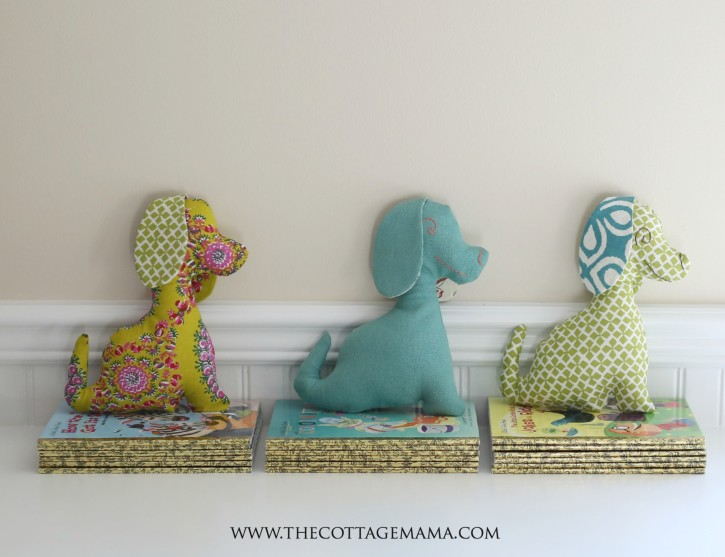 Free Puppy Dog Pattern from The Cottage Mama. www.thecottagemama.com