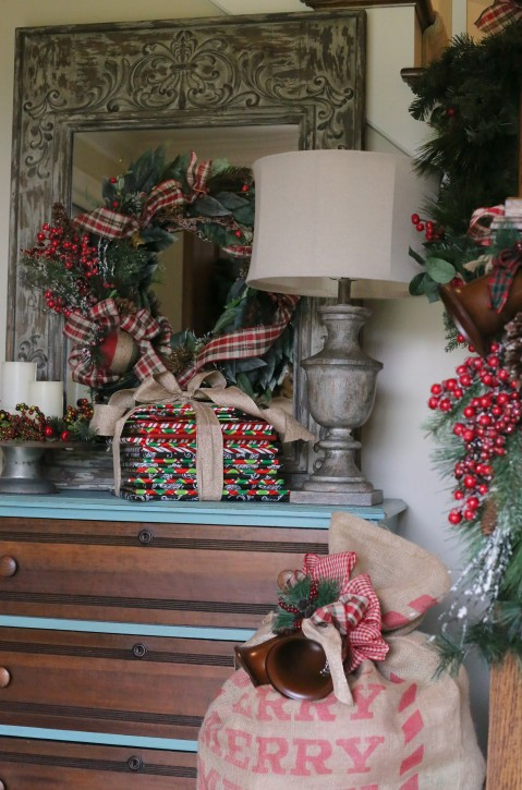 Countdown to Christmas: Book Advent Calendar from The Cottage Mama. This is SUCH a great idea to do with kids!!