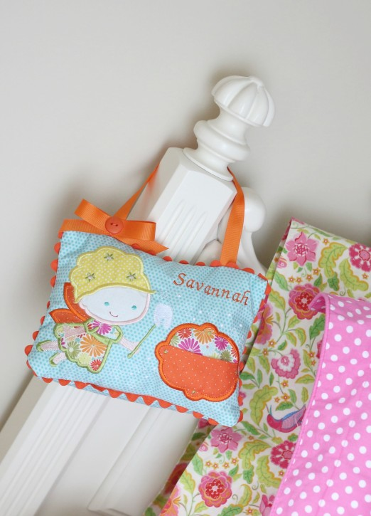 Adorable Tooth Fairy Pillow on The Cottage Mama