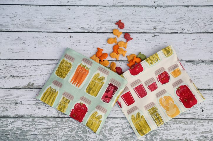 Reusable Snack Bag Tutorial by Lindsay Wilkes from The Cottage Mama