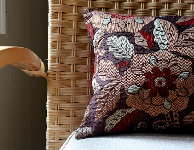 Easiest 10 Minute Throw Pillow From Placemat The Cottage