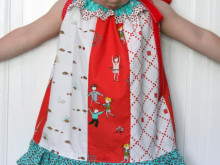 Pattern Remix: Little Apples Fat Quarter Pillowcase Dress