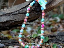 DIY Beaded Fabric Necklace ~ Easy, Snappy Holiday Project
