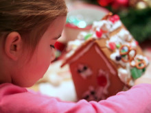 Gingerbread Houses ~ Decorating Fun!