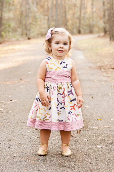 Free Dress Patterns for Girls from The Cottage Mama. www.thecottagemama.com