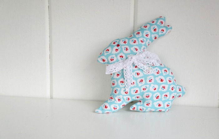 Bunny Plush Toy Tutorial by Lindsay Wilkes from The Cottage Mama. www.thecottagemama.com
