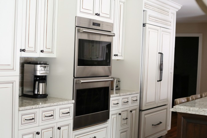 The NEW Cottage Home Before and After Kitchen Makeover. This Kitchen is AMAZING!